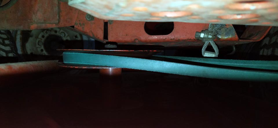 deck_PTO_belt.jpg