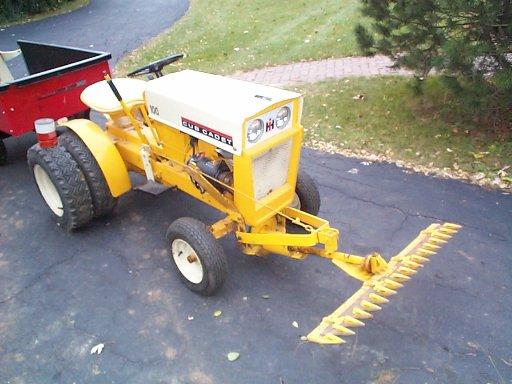 Sickle bar mower - Talking Tractors - Simple trACtors