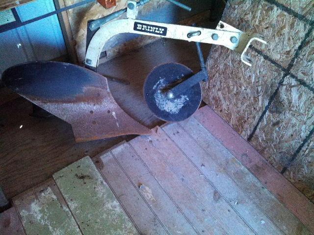 moldboard plow.JPG