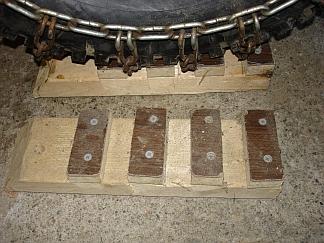 tire chain board.jpg
