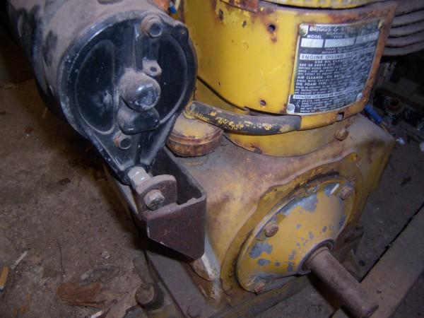 9 hp bearing plate.jpg