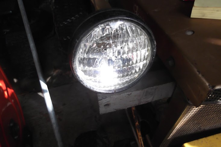 squire headlights.JPG