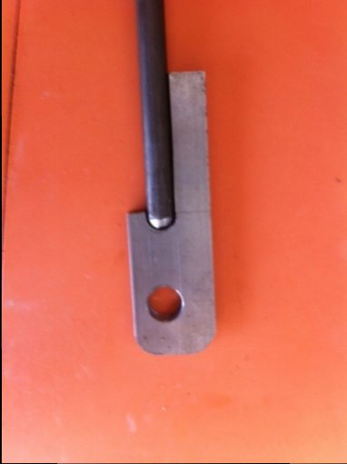 Lift rod end - fitted to rod.jpg