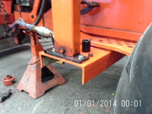 loader mount 3 new.jpg