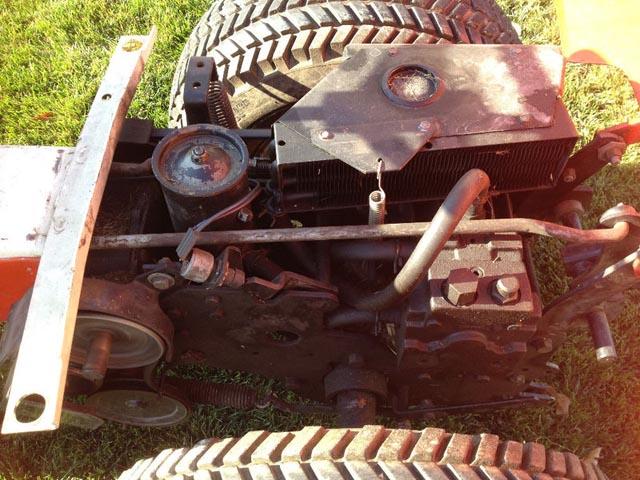 3012 Rear Lift Rod Installed on 3212Ha.jpg