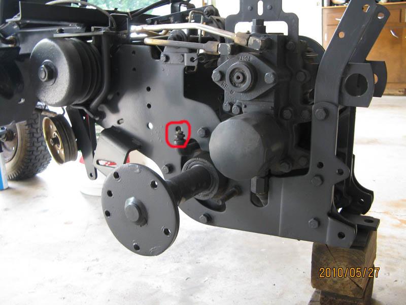 7016H hydro-static transmission oil - Talking Tractors
