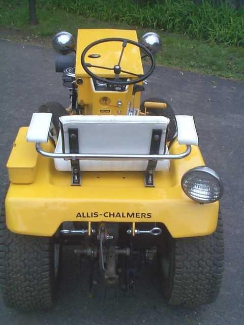allis-chalmers-b-210_62603708_o.jpg