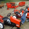 Petal tractor display