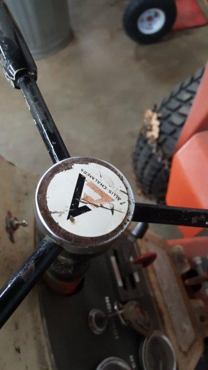 AC steering cap.jpg